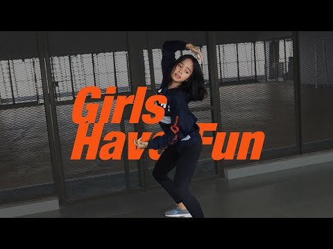 Tyga - Girls Have Fun Ft. G-Eazy, Rich The Kid