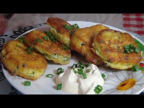 Как приготовить очень вкусные и пышные оладьи с яйцом и зеленым луком
