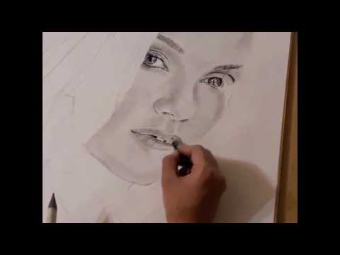Смотреть клип Speed drawing of charcoal portrait (music: Passenger