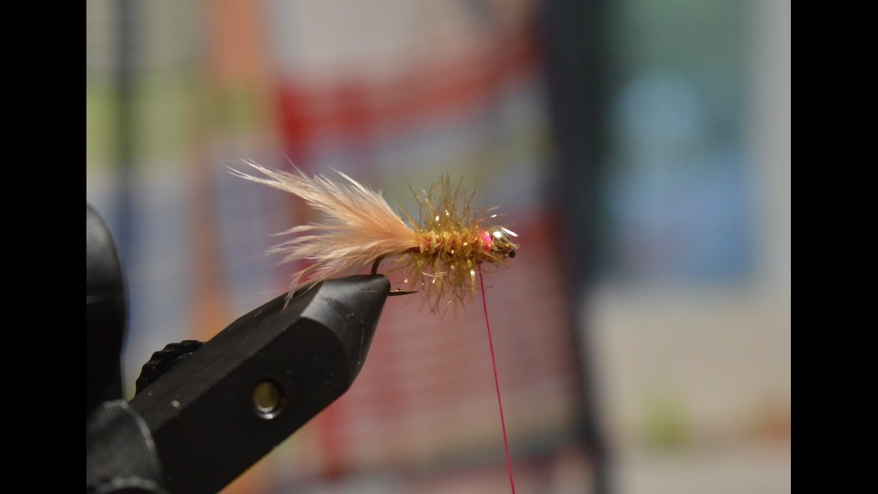 How To Tie The Golden Retriever (fly Tying #1)