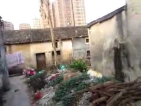 A glimpse of GongHe Village/共和村 - Hardship in city's last old village - Shenzhen/深圳市