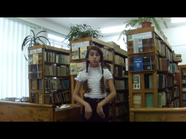 Изображение предпросмотра прочтения – ВладаМикерова читает произведение «Ларчик» И.А.Крылова