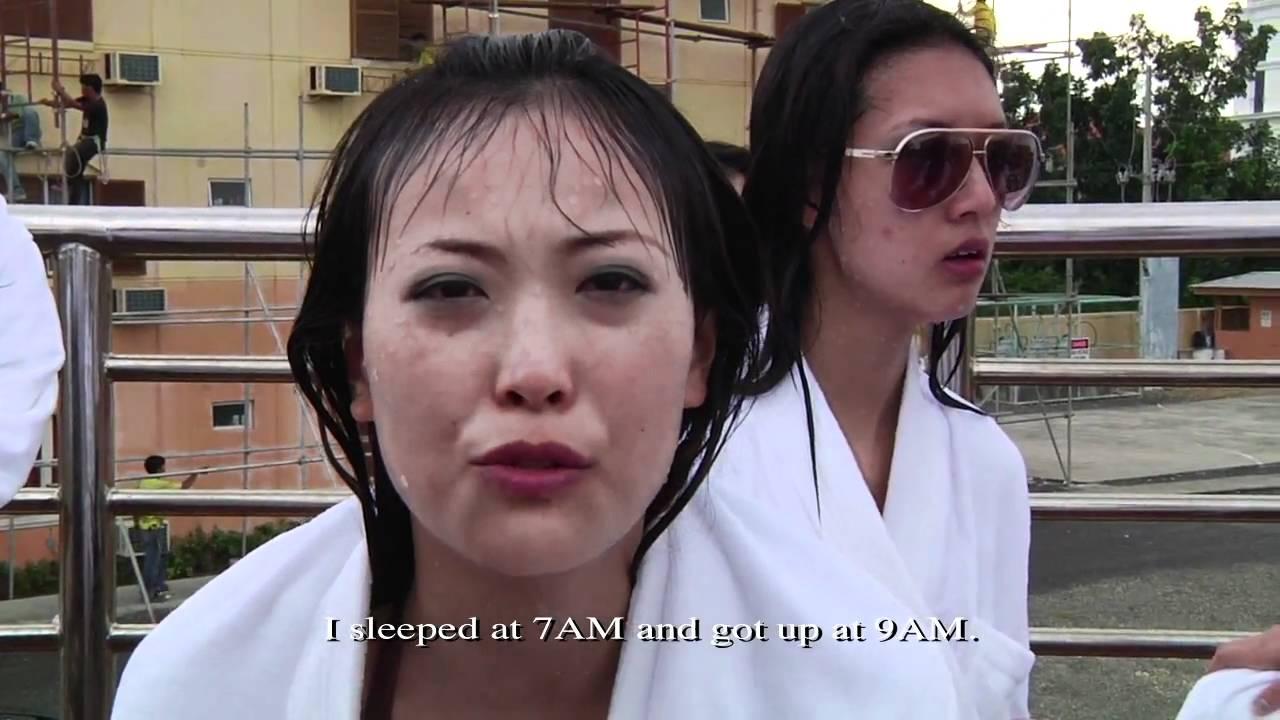 Blonde vs Brunette / Girlfight - VidoEmo - Emotional Video