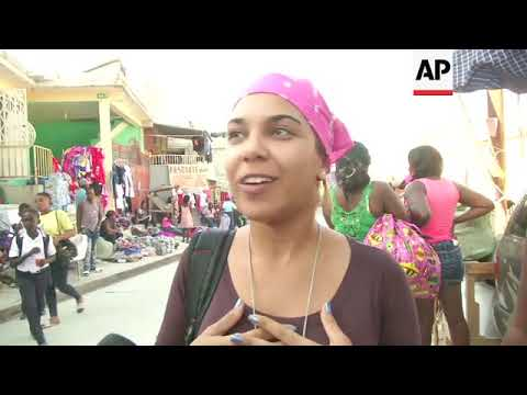 Cubans travel to Haiti searching for shopping bargains