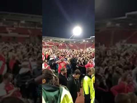 Rotherham United Fans - 'Richard Wood Is Magic'