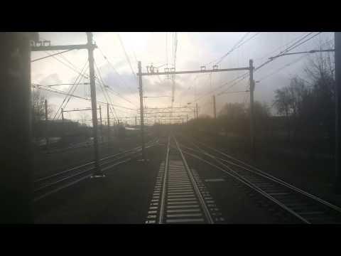 NS Intercity Direct Trein Achteruitrit van Amsterdam Centraal naar Schiphol