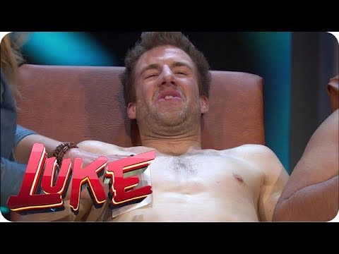 Luke lässt sich die Brust enthaaren - LUKE! Die Woche und ich