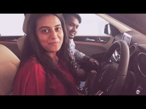 Akshara singh is driving Pawan singh's new Mercedes