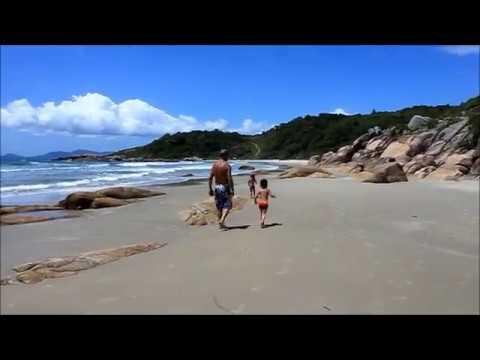 Praia de Ilhéus Deserta Governador Celso Ramos