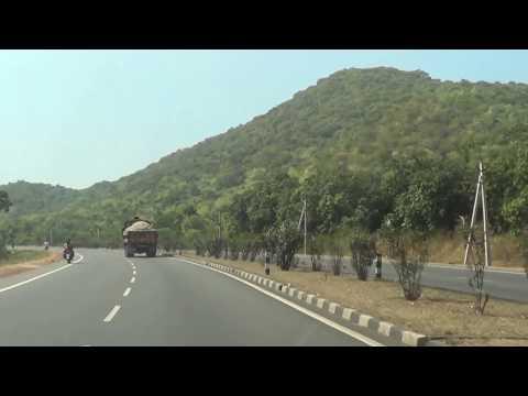 Beauty of NH-16 Road from Vizag to Vijayawada ar Anakapalli Atra 30.12.2016