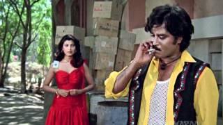 Gair Kaanooni - Rajinikanth- Kimi Katkar - Akbar Thrashes Goons - Bollywood Action