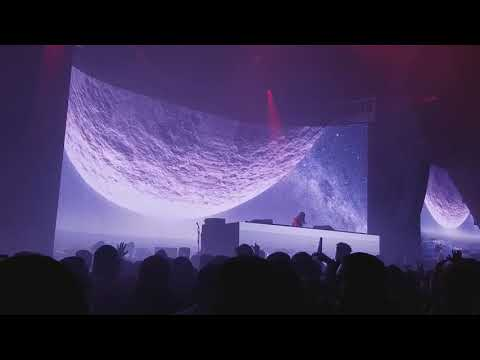 Seven Lions Slow Dive into Trivecta x Wooli - Falling