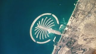 Seawings Over Dubai