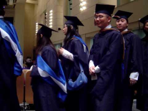Metropolitan State University 畢業典禮入場 (MBA8).MPG