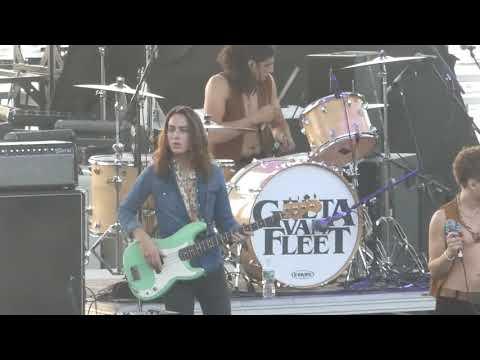 """""""Safari Song"""" Greta Van Fleet@Rock Allegiance Camden, NJ 10/7/17"""