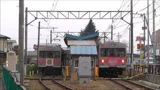福島交通 飯坂線 笹谷駅での列車交換 2018.04.03