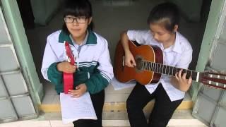 [Lê Cát Trọng Lý] Chênh vênh - Guitar cover By Ha Anh, Ha Phuongg