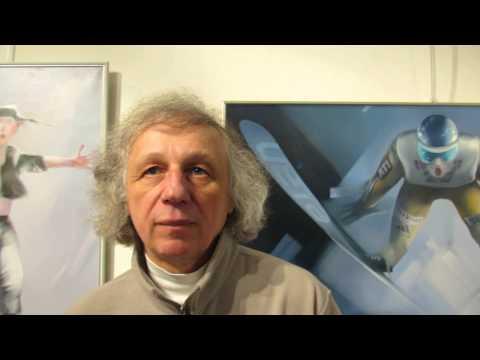 """Владимир Солдаткин, художник, дает интервью в галерее """"Black Dog"""" ."""