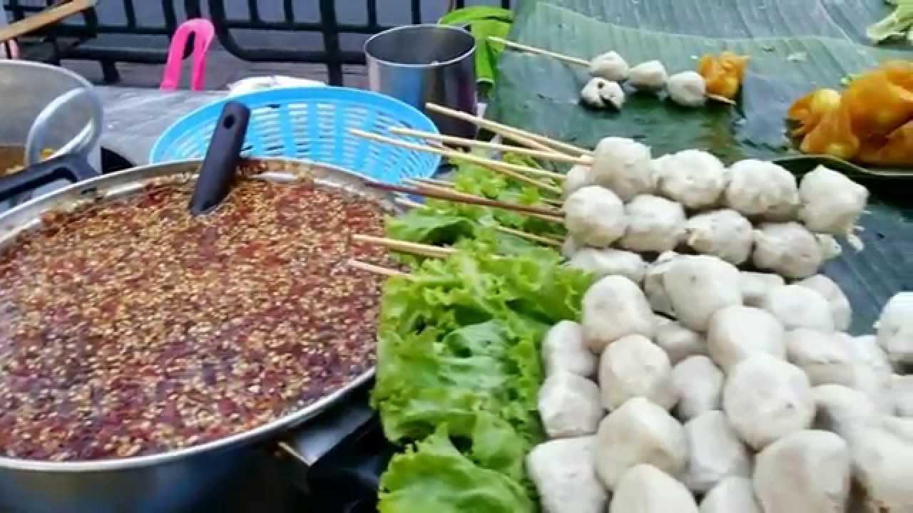Thai food pork fish meat balls yummy thailand street food thai food pork fish meat balls yummy thailand street food youtube forumfinder Image collections