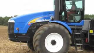 New Holland T9030 tractor at Tillage South 2009