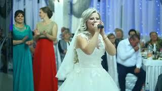 Прикольная и классная песня невеста поет для жениха