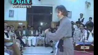 Mast Baba ji dances on Pashto Music