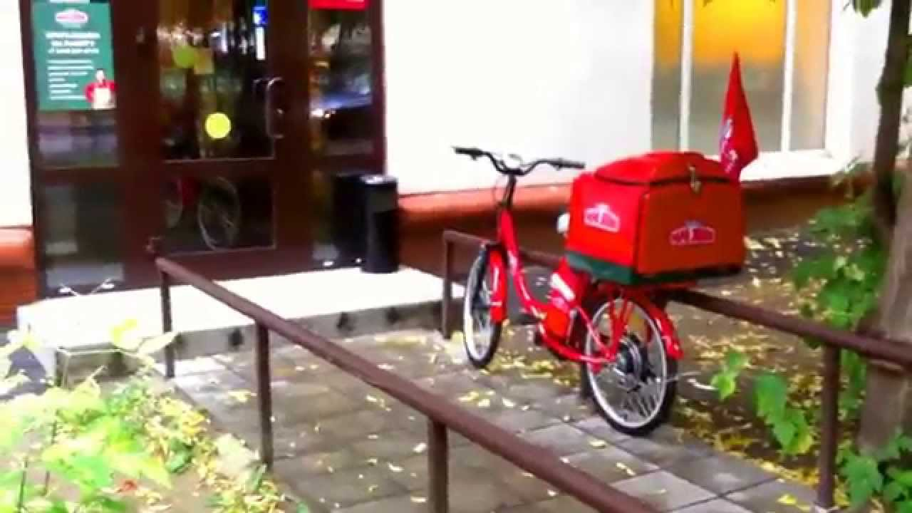 papa john s red electric bike moscow youtube. Black Bedroom Furniture Sets. Home Design Ideas