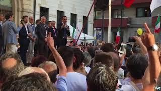 Il ministro Luigi Di Maio a Barletta chiude la campagna elettorale del M5S