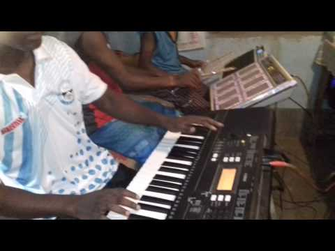 Keyboard cover- chid inj loyam gaate (santali song) player-Bikash Tudu