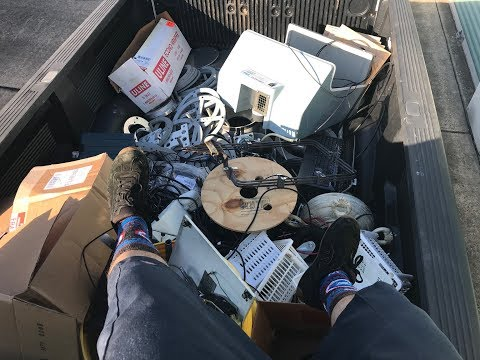Dumpster Diving 26.5 (You Can't Be Doin' Knowledge & Power Stuff When It's In The Trash, Right?)