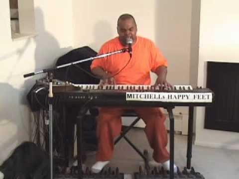 Demo of Roland VK-8M Paradise.wmv