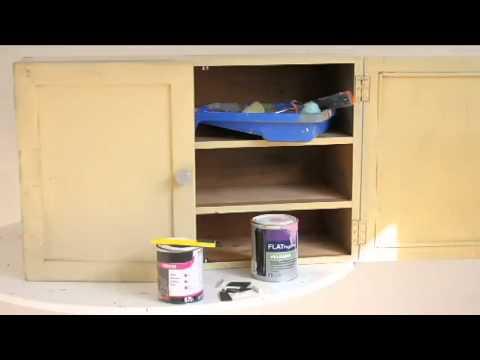 relooker un vieux meuble de cuisine avec de la peinture ardoise youtube. Black Bedroom Furniture Sets. Home Design Ideas