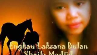 Gambar cover Engkau Laksana Bulan - Sheila Madjid.wmv