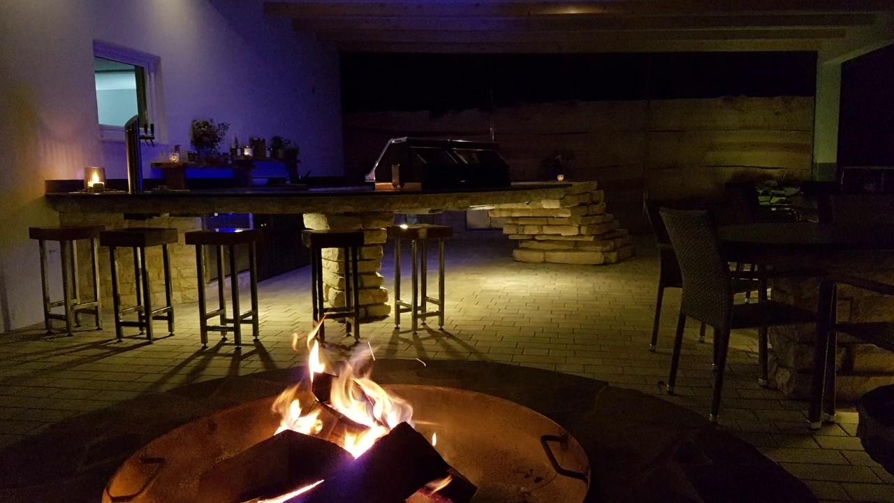 Outdoor Küchen Von Auersperg : Outdoorküchen bbq grillen design küche kitchen stein naturstein