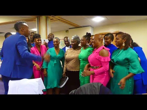 The Kingdom Choir Surprise Performance - Total Praise