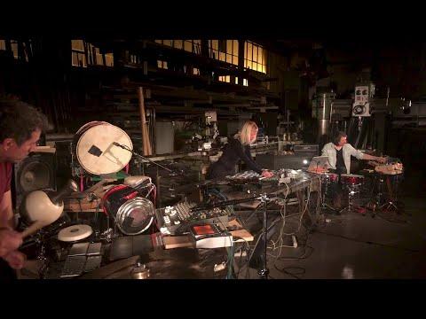 Marta Zapparoli: Phonomeniaritmo (2019) trio for percussions, tape machines, electronics