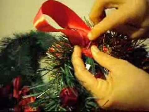 Artes y manualidades decoracion navide a como hacer coronas navide as youtube - Como hacer coronas navidenas ...