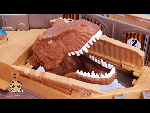 Dino Surprise ! Jurassic World 2 Harbor Dinosaur Movie Toy Playset
