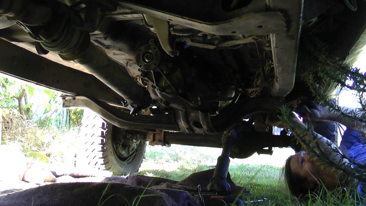 Install Hilux Gearbox