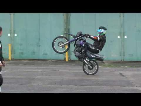 Motorradcrash Bei Wheelie Workshop Zig Zag Youtube