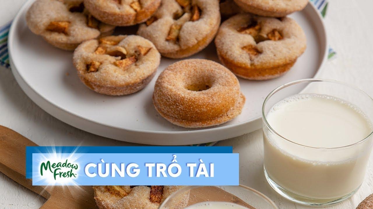 Hướng dẫn làm món bánh donut quế và táo xanh nướng