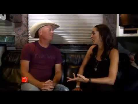 Singer Kevin Fowler Sits Down with The Broadcast's Dawn Neufeld