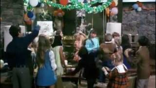 The Brady Bunch - Happy Birthday