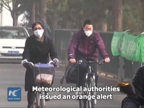 Heavy smog returns to Beijing
