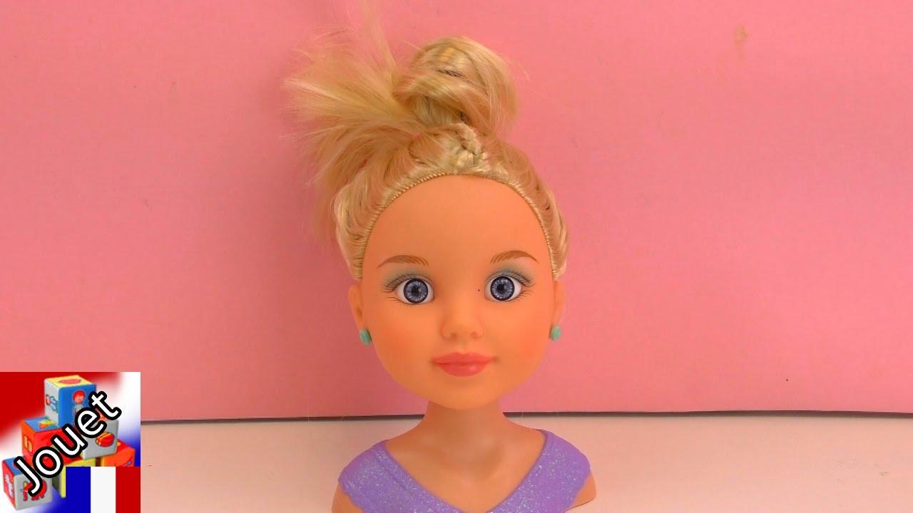 my model make up et coiffure pour la petite tete a coiffer avec phare a paupiere