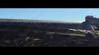 Update Oroville Dam Overtops, Govt Still Refuses to Order Evacuation Preparations (309)