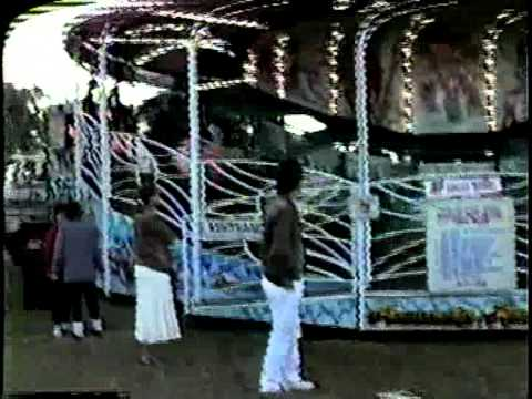 Kick Boodie Vintage Amusement Park Carnival Flat Ride Spinning Chairswings