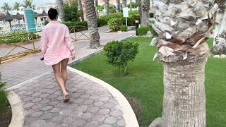 Обзор территории отеля Sandy Beach Resort