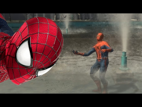 Spiderman is bathed in the fountain