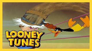Looney Tunes | To Duck or not To Duck (Classic Cartoon)